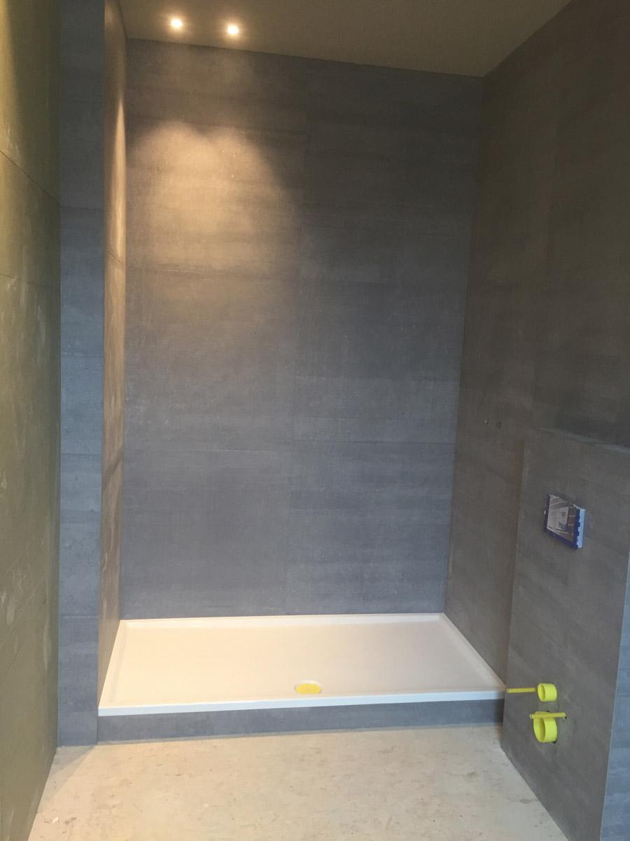 Badkamer keramische tegels | zelfvloeren.be